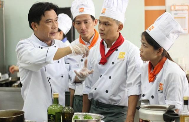 Mức lương của nghề đầu bếp là mức lương đáng mơ ước của quá trình khổ luyện gian nan
