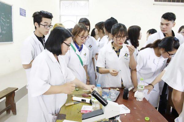 Một vài chia sẻ hay về cách học dược lý sinh viên cần nắm được