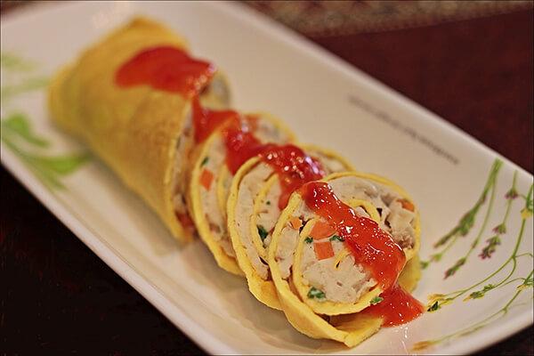 Món trứng cuộn cá ngừ siêu hấp dẫn
