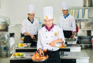 Tham khảo mức lương của nghề đầu bếp