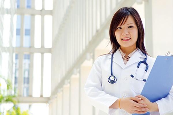 Y sĩ có hệ cao đẳng không?